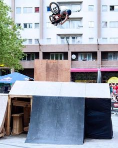 @brosevents posted this photo of @sirlayos from the #bmxstreetstation contest back in 2013! Proper 360 invert!  @gregvxa  #bmx #flybikes #bike #bicycle #style