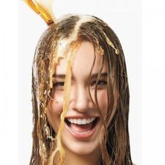 Πώς θα κάνετε το χρώμα των μαλλιών σας πιο λαμπερό με 5€;