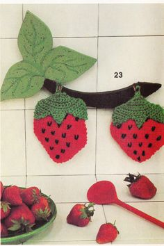 PDF Crochet Pattern - Crochet Strawberry Pot Holders 2012158 Vintage by EunicesTickleTrunk on Etsy