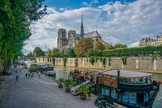 Photo Notre Dame in Summer by Richard McAllister on 500px