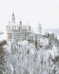 Fairytale @nature enviroment  ~ Neuschweinstein Castle, Germany.  Photo by @asyrafacha