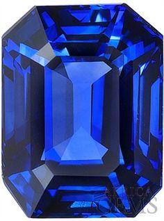 Deal on Blue Sapphire Loose Gorgeous Gemstone in Emerald Cut, Rich Blue Color. Emerald Blue, Blue Sapphire, Sapphire Stone, Gems Jewelry, Gemstone Jewelry, Jewelry Design Drawing, Himmelblau, Diamond Art, Rocks And Gems