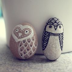 Sharpie Craft ideas - decorate stones to look like cute little animals <3