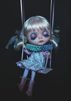 ~ Porcelina ~ (G.Baby Dolls) Tags: white eye doll hand handmade painted swing chips blythe xs custom pure neemo gbaby flection factoryfaceplateandhair hairtintdye outfitbysuekita