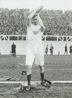 Digging the garters   1908 Irish-American athlete Martin Sheridan, throwing the discus, 1908 Olympics