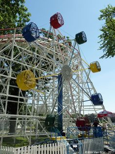 Looking for statistics on the fastest, tallest or longest roller coasters? Find it all and much more with the interactive Roller Coaster Database. Cool Places To Visit, Great Places, Iowa, Nutty Bars, Clay County, Carnival Rides, Beautiful Sunset, Childhood Memories, Things To Do