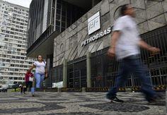 Sede da Petrobras no Rio de Janeiro (Foto: Fernando Frazão/Agência Brasil)   Lucro abaixo do esperado e a queda do preço do petróleo no exterior fizeram a Petrobras perder R$ 15 bilhões em valor de mercado em apenas um pregão.