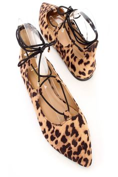 Walk around two in these cute ballet flats, includes a faux suede fabric, pointy close toe, u-shape vamp, lace up, cushion foot-bed and a smooth finish.http://www.amiclubwear.com/shoes-casual-flats.html