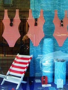 Original ideas for optical windows. LAVIU study - Original ideas for optical windows. Window Display Retail, Window Display Design, Retail Windows, Store Windows, Summer Window Displays, Merchandising Displays, Store Displays, Retail Displays, Deco Paris
