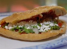 Mexican Gorditas Recipe (Gorditas de Maiz) - For those unacquainted with the soft, supple, round, delicious, FAT curves of the gordita, gorditas are part of what we call antojitos Mexicanos, and they're a very traditional Mexican appetizer, snack, and entrée