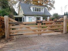 Pergola To House Attachment Farm Entrance, Driveway Entrance, Entrance Gates, Wood Driveway Gates, Wood Pergola, Backyard Pergola, Pergola Ideas, Home Fencing, Fences