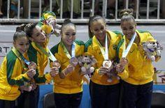 O time brasileiro da ginástica artística, composto por Lorrane Oliveira, Leticia Lima, Flávia Lopes, Daniele Matias e Kim Sinmon, fez 165.400 pontos e ficou atrás apenas dos EUA e do Canadá, garantindo o bronze.
