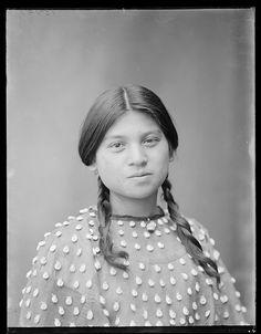 Lena Cayuga, a beautiful Seneca girl, 1904