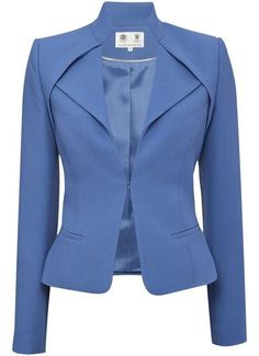 Cornflower Blue Jacket - New In - Austin ReedFor the high-powered businesswoman I'll never be.Light Blue Blazer / Only Me 💋💚💟💖✌✔👌💙💚 xoxoJacket with a nice necklineBeautiful detailing and color Mode Outfits, Office Outfits, Girl Outfits, Work Fashion, Fashion Design, Jacket Pattern, Business Attire, Work Attire, Mode Inspiration