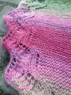 Knitting Patterns Scarves Knitting instructions – cloth 'Wind in the pastures' Lace Knitting, Knitting Stitches, Knitting Socks, Knit Crochet, Knitting Patterns, Knit Socks, Stitch Pictures, Yarn Stash, Wrap Pattern