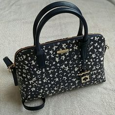 Kate Spade Rachelle Bridgewater Drive Handbag 💯% Authentic. NWT.  Smoke 🆓 and Pet 🆓 Home.  ❎ Trades and ❎ Paypal.   ✅ Suggested User. Buy with Confidence.  Always open to offers. Please use the offer button to submit offers. I don't negotiate in the comments section. kate spade Bags Satchels