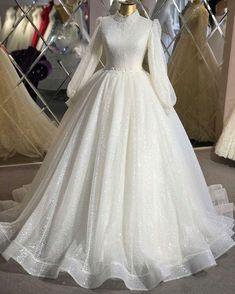 Muslimah Wedding Dress, Muslim Wedding Dresses, Dream Wedding Dresses, Lace Wedding Dress, Bridal Dresses, Wedding Gowns, Lace Dress, Wedding Hijab, Muslim Brides