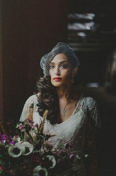Vintage bridal style | Photo by Carolina Rivera via http://junebugweddings.com/wedding-blog/vintage-alternative-wedding-art-factory/