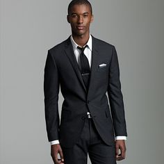 Ludlow two-button suit jacket with center vent in Italian wool