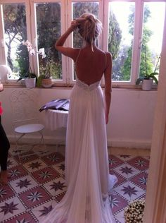 """This sweetheart neck line is pure  Flora 2016 www.flora-bride.com """"Ann"""" dress - Spaghetti straps - sexy - open back - Silk tulle skirt"""