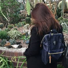 Adventures with my backpack thanks Hannah Hobson for the BTS snap! Anello Backpack Mini, Anello Backpack Outfit, Big Bags, Cute Bags, Anello Bag, Backpack Bags, Fashion Backpack, Japan Bag, Uni Outfits