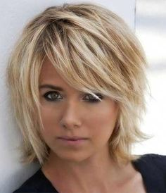 Short Layered Hairstyles From year to year, a short hairstyle is traditionally topped by the lists of the most popular female In the 2019 se…, Hairstyle Ideas Source Bob Hairstyles For Round Face, Cute Bob Hairstyles, Layered Bob Hairstyles, Hairstyle Ideas, Medium Choppy Hairstyles, Short Ladies Hairstyles, Layered Haircuts For Medium Hair, Newest Hairstyles, Short Sassy Haircuts