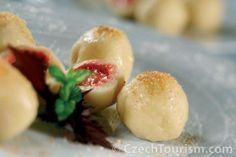 Tvarohové jahodové knedlíky | recept
