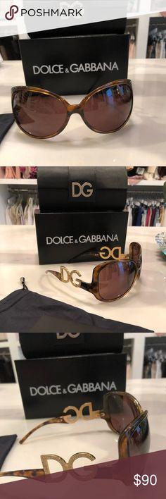 070eb5d6e070 Vintage Dolce Gabbana Sunglasses with Case
