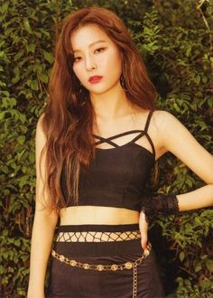 Seulgi is bias wrecking me so hard right now Irene Red Velvet, Red Velvet Seulgi, Pink Velvet, Black Velvet, Kpop Girl Groups, Kpop Girls, Block B, Girl Crushes, Korean Girl