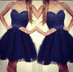 Sweetheart Neck Short Tulle Homecoming Dresses Crystals Beaded Party Dresses