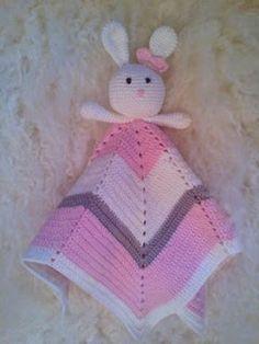 Janitan kätösistä: Vauvan uniriepu, tähti - ohje Knit Crochet, Crochet Hats, Diy Projects To Try, Handicraft, Baby Toys, Diy And Crafts, Baby Shower, Knitting, Kids