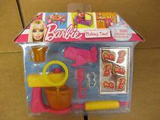 2010 Barbie *Baking Time!!* Set