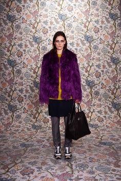 Balenciaga Pre-Fall 2011 Fashion Show - Anne Catherine Lacroix