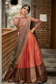 Party Wear Indian Dresses, Indian Fashion Dresses, Designer Party Wear Dresses, Indian Bridal Outfits, Indian Gowns Dresses, Indian Bridal Fashion, Dress Indian Style, Indian Designer Outfits, Bridal Dress Indian