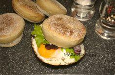 Salmon Burgers, Hamburger, Ethnic Recipes, Food, Essen, Burgers, Meals, Yemek, Eten