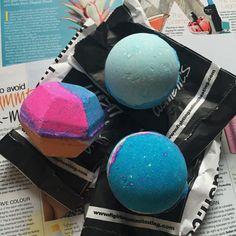An Accidental Lush Haul: The Experimenter Bath Bomb, Frozen Bath Bomb, and Intergalactic Bath Bomb