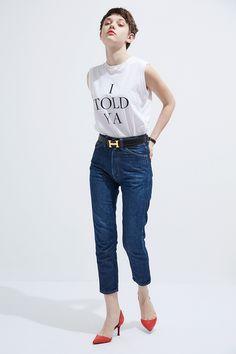 Denim Fashion, Skirt Fashion, Fashion Photo, Fashion Models, Fashion Outfits, Woman Fashion, High Fashion Poses, Petticoated Boys, Casual Goth