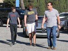 Arnold+Schwarzenegger+Arnold+Schwarzenegger+9v0Ma3UCOFWl.jpg (594×449)