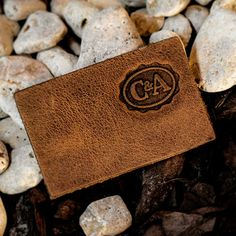 LEATHER LABELS Garra, Leather Label, Hang Tags, Club Dresses, Card Holder, Street Style, Denim, Ideas, Moda Masculina