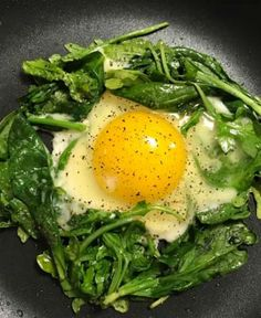 Sunny-Side-Up Egg with Baby Spinach and Arugula - A Thousand Country Roads