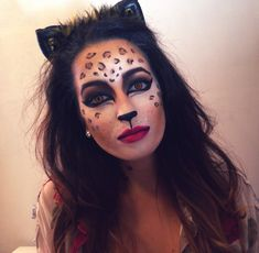 halloween makeup diy leopard animal mua costume sfx glam cat cosplay look (Maquillaje Halloween Coneja) Cheetah Makeup, Animal Makeup, Cat Makeup, Doll Makeup, Fairy Makeup, Mermaid Makeup, Makeup Geek, Makeup Art, Beauty Makeup