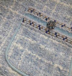 Детали...✂✂✂#любимаярыхля Процесс...Что-то вырисовывается ужО-БоХато #деталиважны #детали #шитькрасиво #простоишикарно #пошивназаказ #пальтомногонебывает #пальтоназаказ #ательемосква #моднаямастерская #atelier #dressmaker #bespoke #easychic #moscow