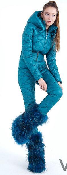 Ski Fashion, Fashion Shoes, Fashion Outfits, Womens Fashion, Fasion, Down Suit, Shoe Wardrobe, Winter Wear, Winter Suit