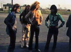 lmao they all have their hands on their hips • • #ledzeppelin