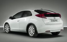 contoh 1 mobil yang aku punya ntar  nb : harga dan model boleh berubah jauh...jauh...jauh lebih oke tapi tetep kebeli
