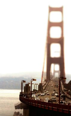 Golden Bridge San Francisco - Brought to you by Jodiesjourney.com and Consumerconsultation.com