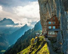 Äscher Cliff This cliff hotel is located in Switzerland. It allows guests to dine on fresh cuisine while overlooking the mountainside. Do you know what is even better than rock climbing? Rock lounging.