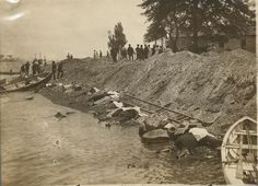 Bodies of General Slocum victims, washed up on the shore of North Brother Island.