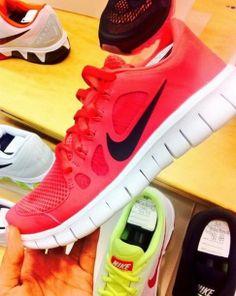 nike free run womens Cheap Sneakers, Nike Shoes Cheap, Nike Free Shoes, Sneakers Nike, Cheap Nike, Nike Free Runs For Women, Nike Free Run 2, Nike Women, Free Running Shoes