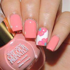 Pop art summer flowers nail tutorial by @amyytran Nail Design, Nail Art, Nail Salon, Irvine, Newport Beach